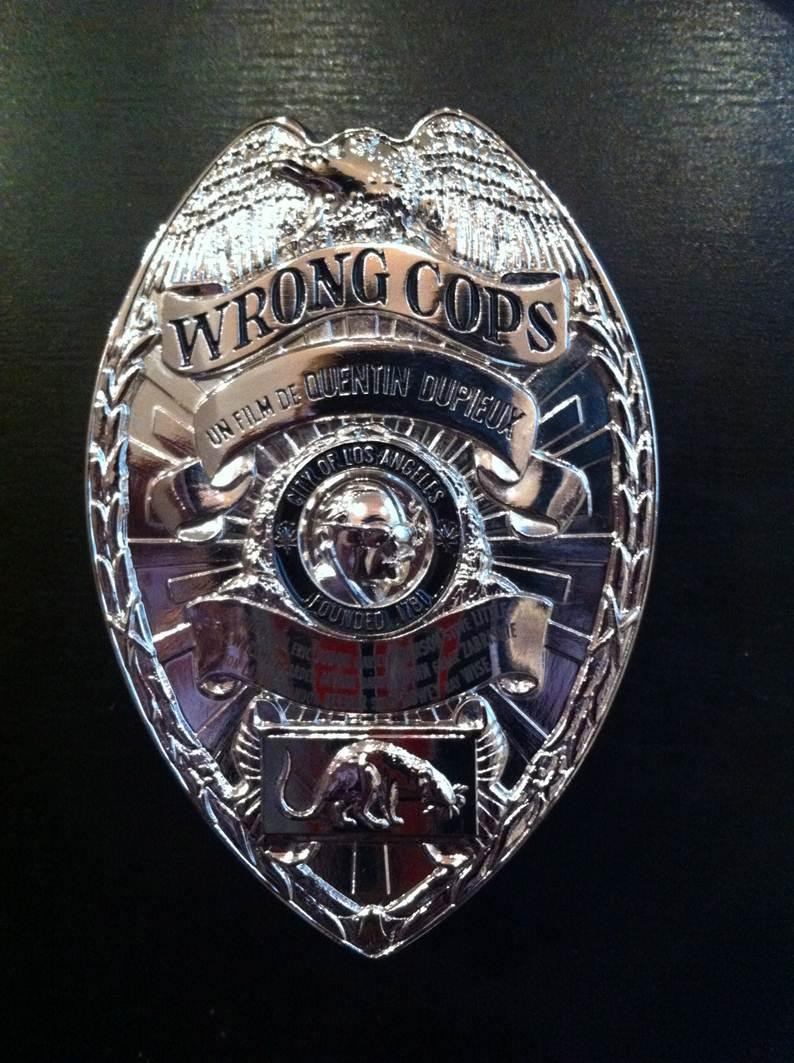 WRONG COPS - plaque de police collector