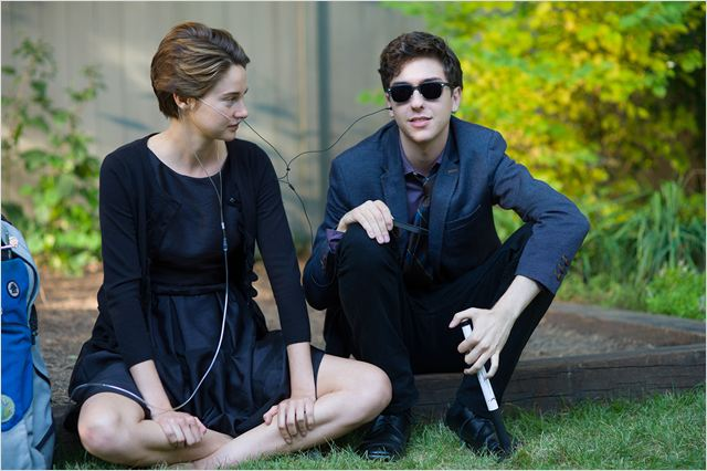 NOS ETOILES CONTRAIRES THE FAULT IN OUR STARS image 1 - Go with the Blog