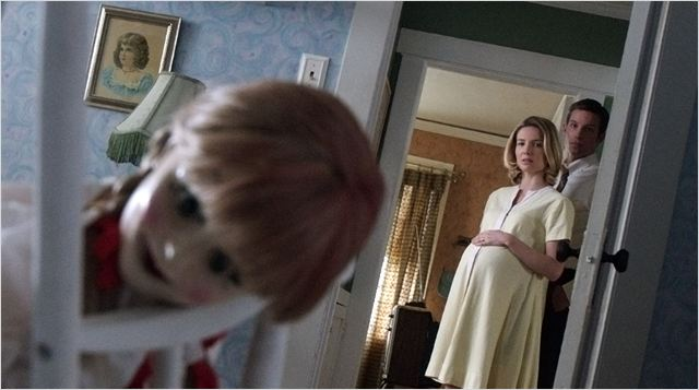 ANNABELLE - image du film poupée film 2014 Spin off Conjuring 3 - Go with the Blog