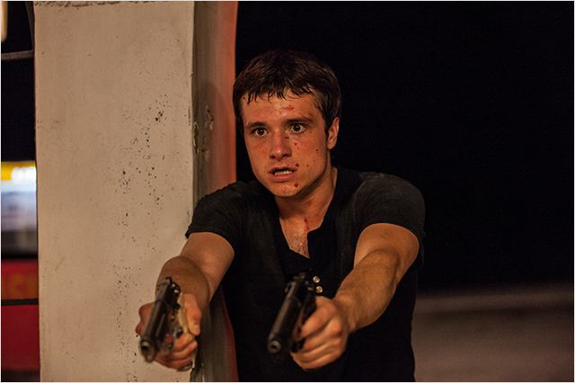PARADISE LOST - image du film 2 Josh Hutcherson - Go with the Blog