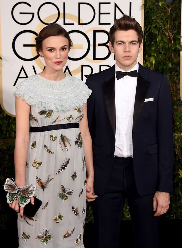 KEIRA KNIGHTLEY - red carpet Golden Globes 2015 - Go with the Blog