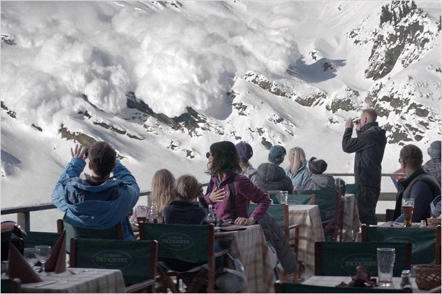 SNOW THERAPY - image du film n°10 Force Majeure TURIST Suède - Go with the Blog