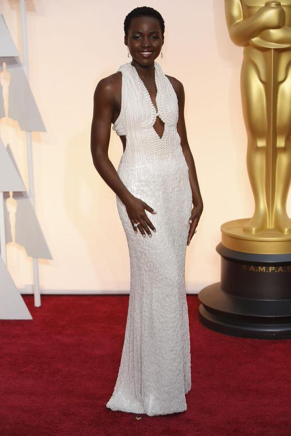 OSCARS 2015 - Lupita Nyong o red carpet Oscars - Go with the Blog