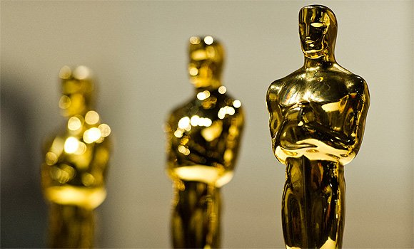 OSCARS 2015 - Statuette gros plan - Go with the Blog