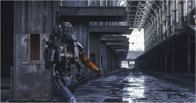 CHAPPIE - Image 2 du film Neill Blomkamp Sony Pictures - Go with the Blog