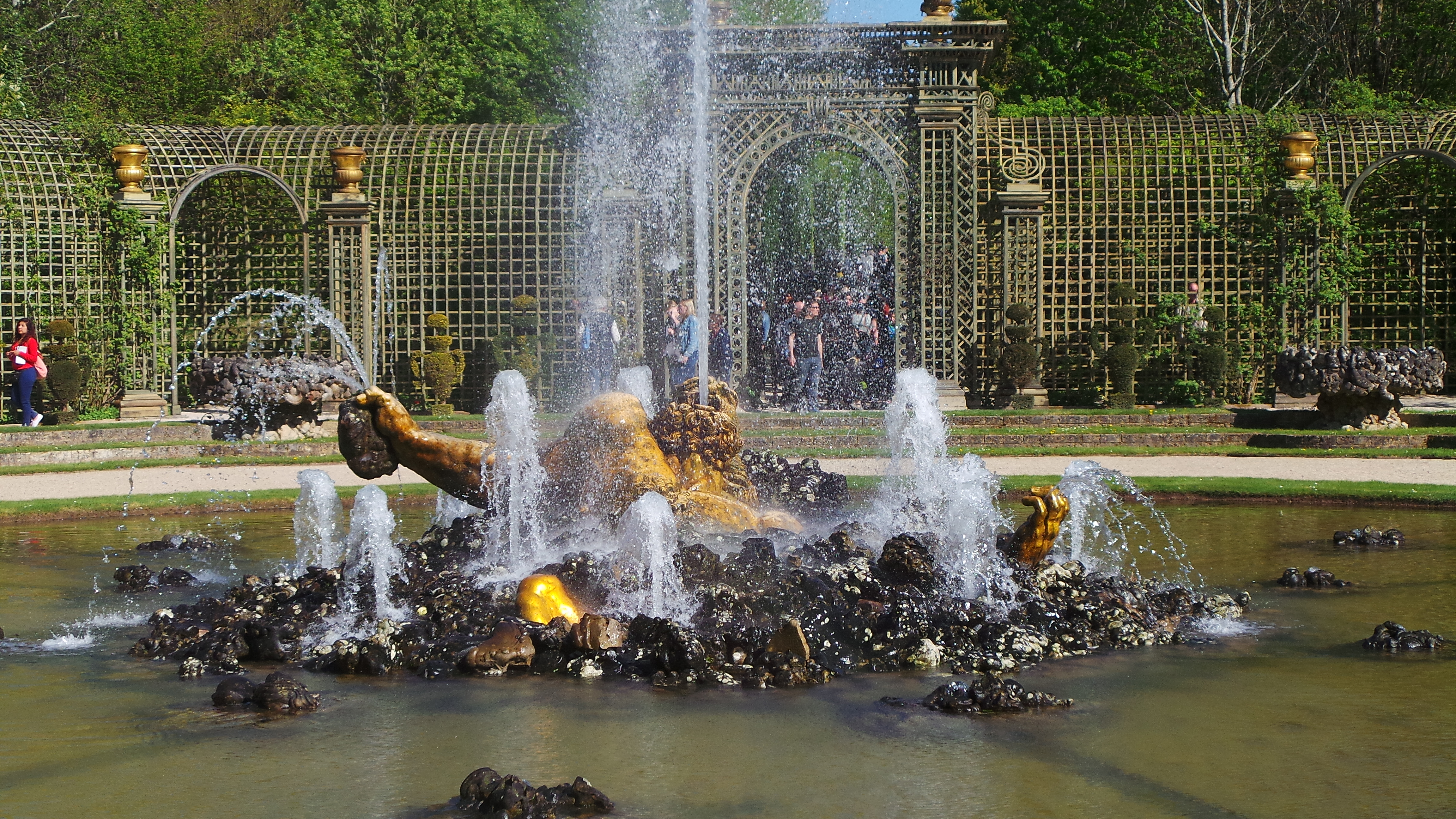 VERSAILLES JARDINS - Les Grandes Eaux Musicales 2015 - copyright photo Go with the Blog  20150419_164553