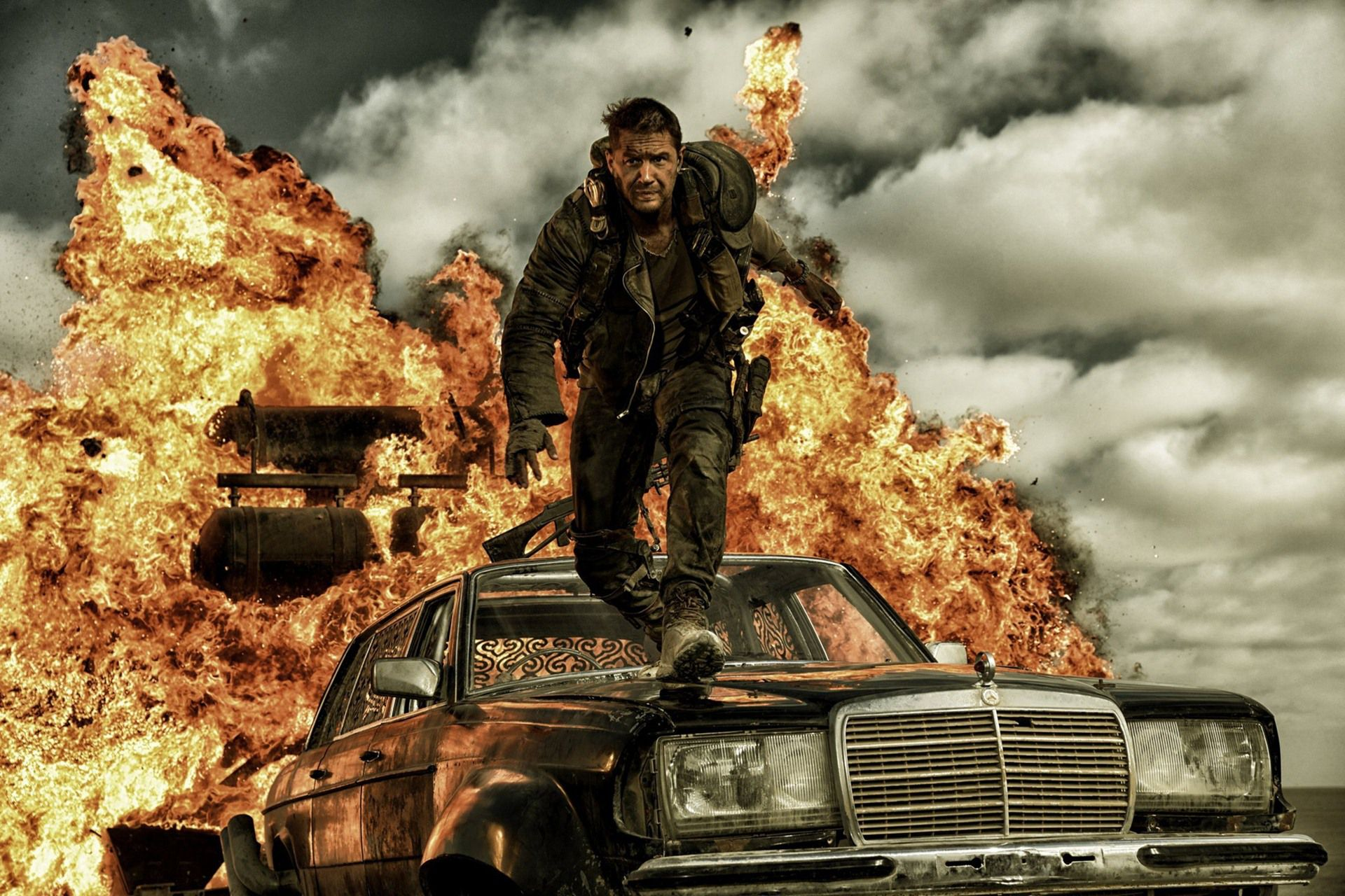 MAD MAX FURY ROAD : EXPLOSIF !