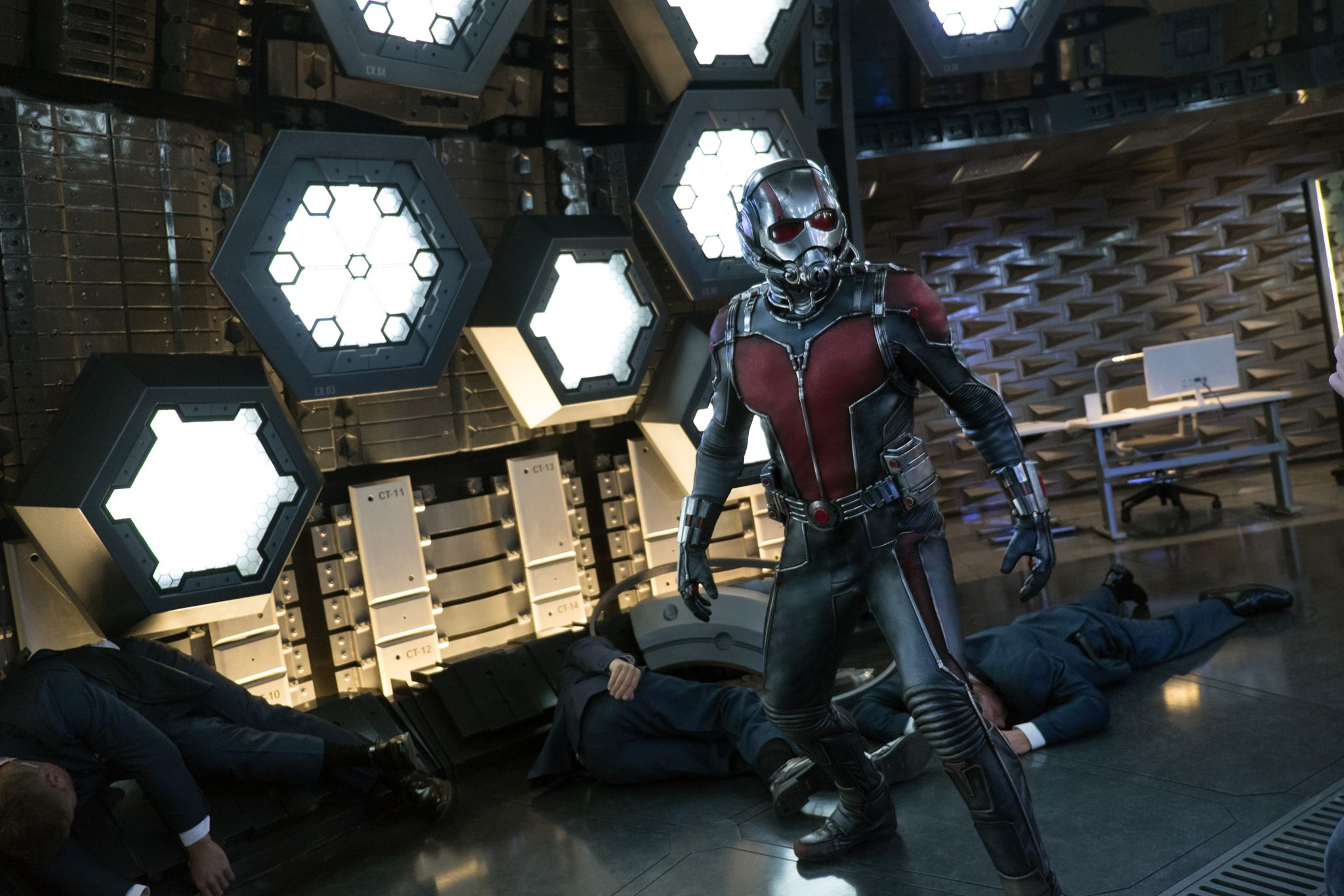 ANT-MAN - Image du film 8 Paul Rudd Marvel 2015 - Go with the Blog