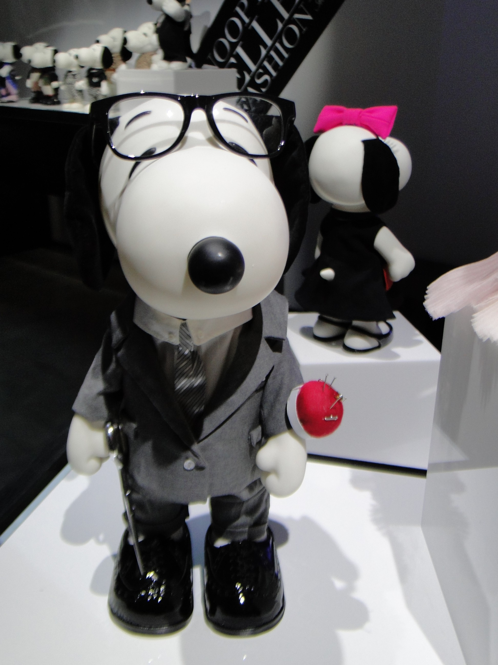 SNOOPY AND BELE IN FASHION Paris France Exhibition Exposition - Palais de Tokyo - copyright Go with the Blog DSC06430