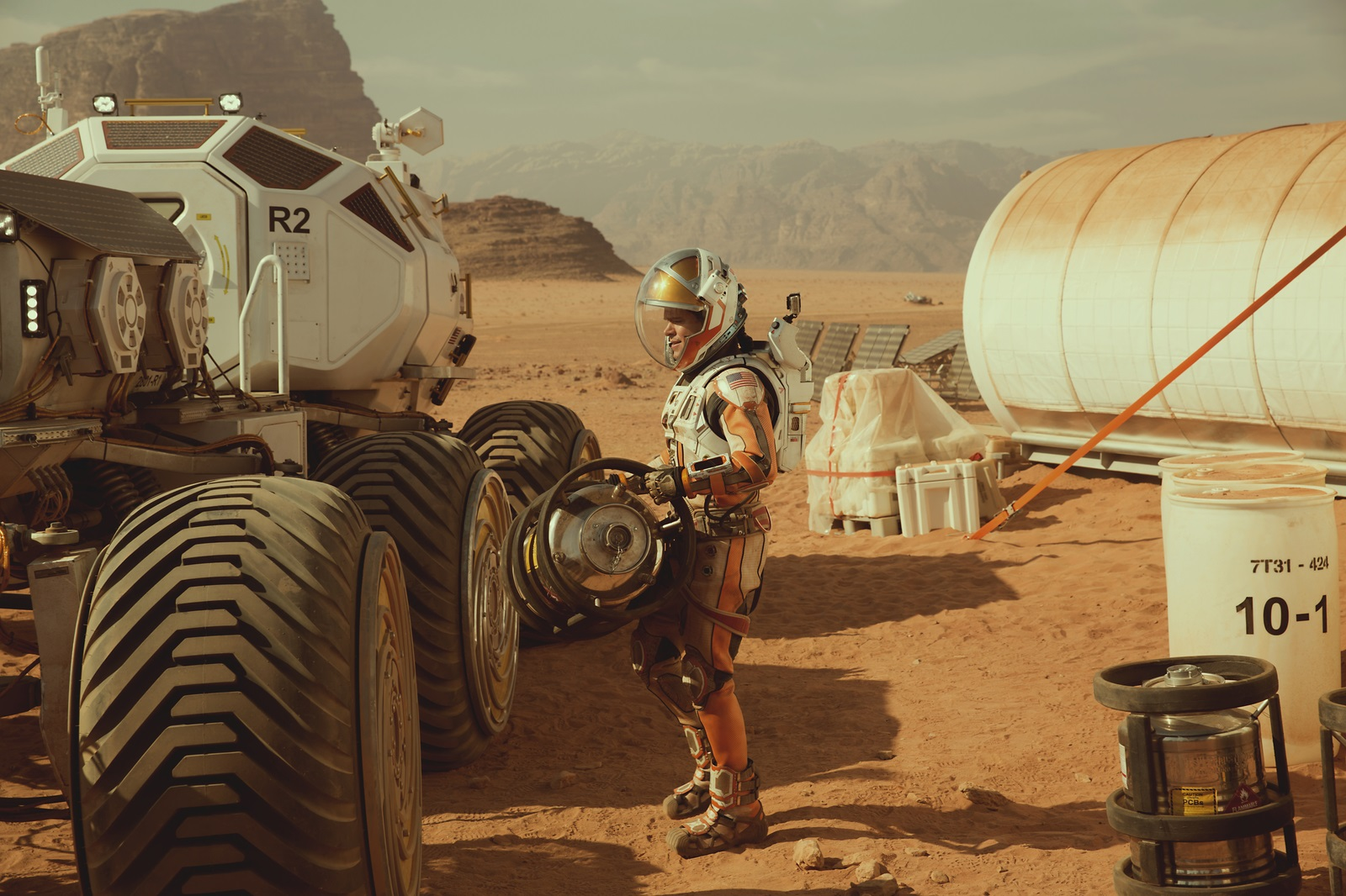 SEUL SUR MARS - The Martian Matt Damon Image 8 Ridley Scott - Go with the Blog