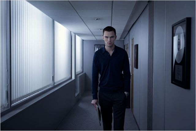 KILL YOUR FRIENDS - Image du film 2 Nicholas Hoult Chrysalis Films - Go with the Blog