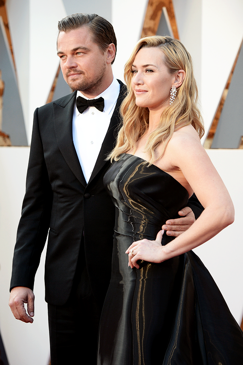 OSCARS 2016 - Leonardo DiCaprio Kate Winslet 2 red carpet together 2016 tapis rouge - Go with the Blog