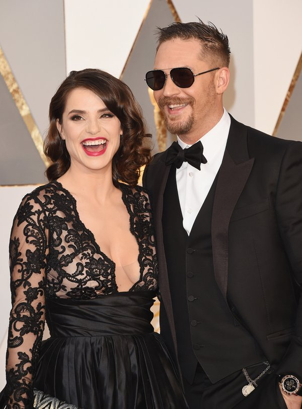 OSCARS 2016 - Tom Hardy and his wife red carpet 2016 tapis rouge - Go with the Blog