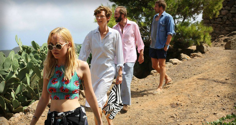 A BIGGER SPLASH - Image du film 2 Tilda Swinton Dakota Johnson movie - Go with the Blog