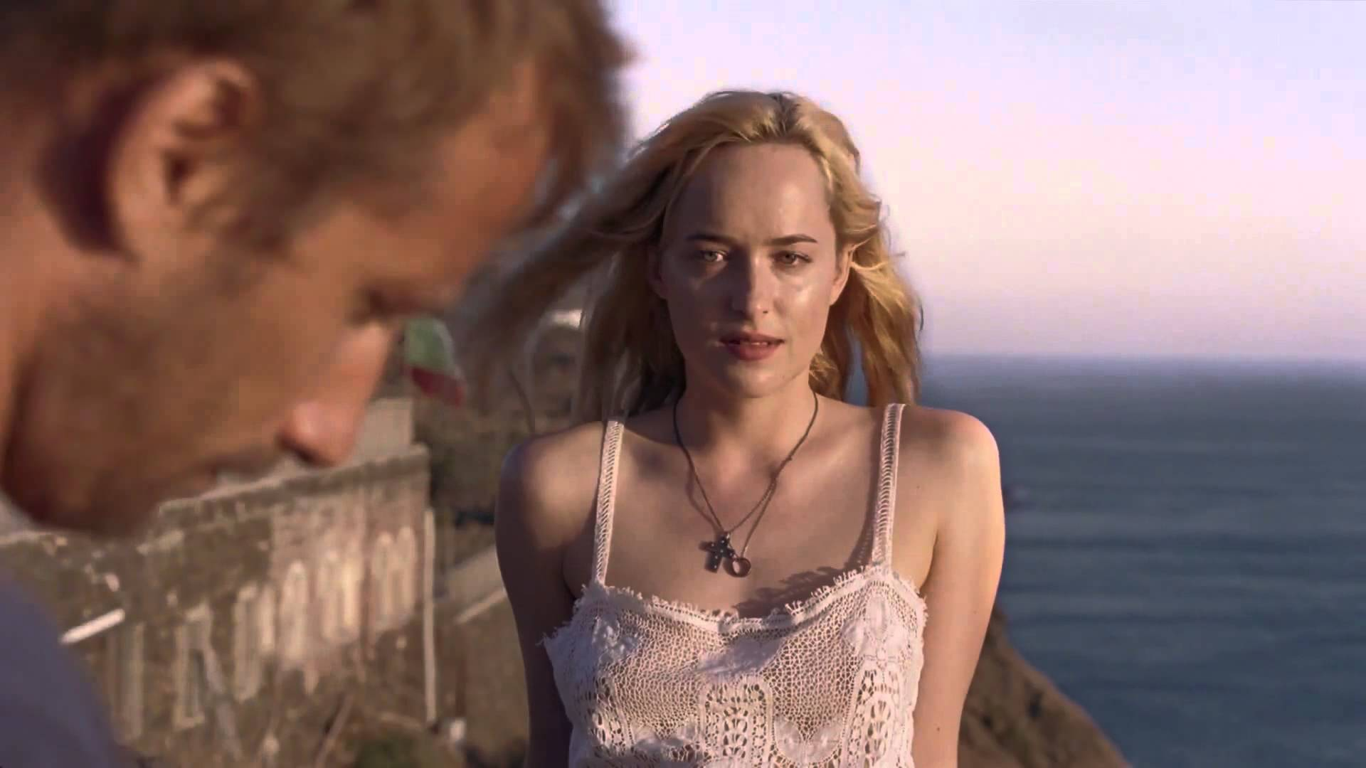 A BIGGER SPLASH - Image du film 6 Tilda Swinton Dakota Johnson movie - Go with the Blog