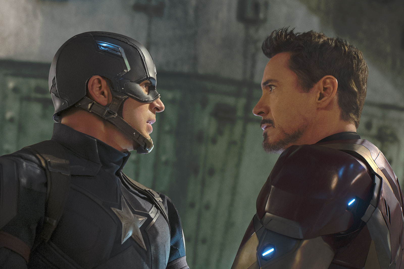 CAPTAIN AMERICA CIVIL WAR - Image 45 Marvel movie Team Captain Team Iron Man - Go with the Blog