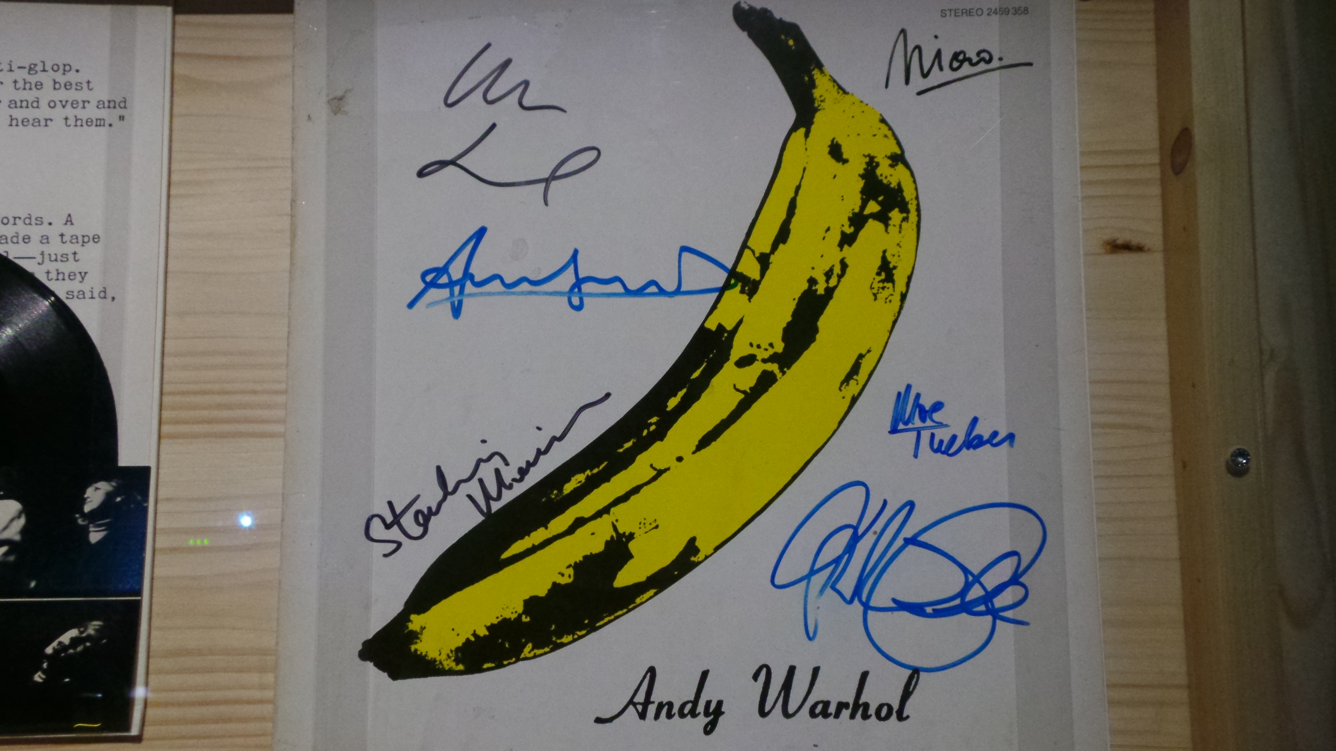 THE VELVET UNDERGROUND AND NICO - Exposition Extravaganza Philharmonie Pairs 2016 - Go with the Blog 20160411_223722