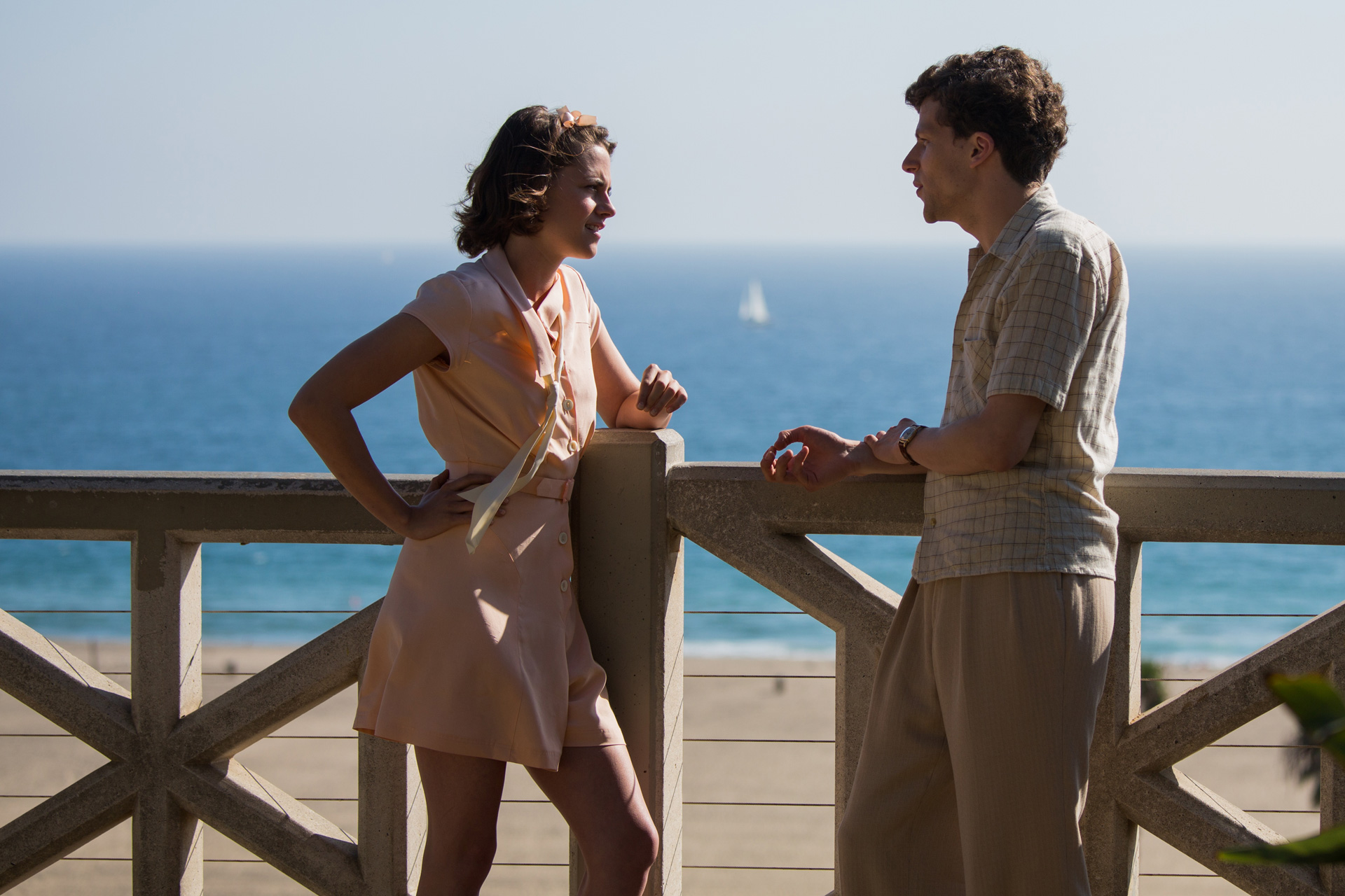 CAFÉ SOCIETY - Image 8 du film Eisenberg Kristen Stewart Woody Allen - Go with the Blog