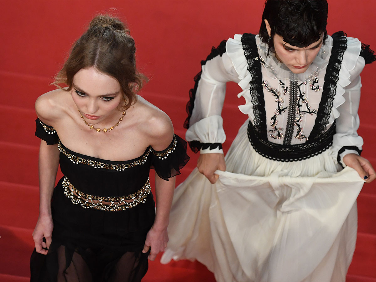 CANNES 2016 - DAY 3 LA DANSEUSE Marches Red Carpet Soko Lily-Rose Depp 2
